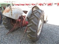 Ford Model 640 Wheel Tractor