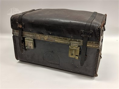 AMAZING ANTIQUE 1800'S LEATHER TRUNK W EAGLE Other Items