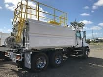 2012 Freightliner COLUMBIA 112 - Trucks for Sale