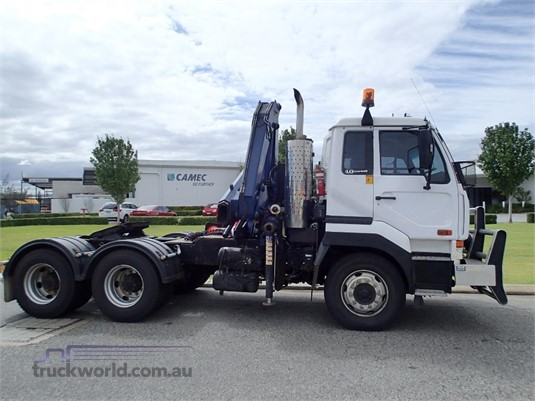 2007 UD CW445 - Trucks for Sale