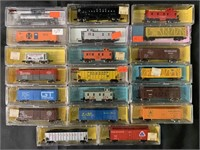 20 Boxed Atlas N Ga Freight Cars