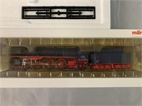 Marklin HO Steam Passenger Set