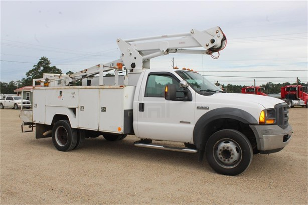 ETI Bucket Trucks / Service Trucks For Sale - 33 Listings