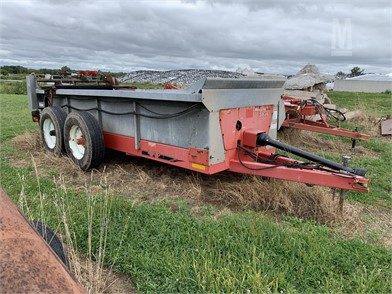 Dry Manure Spreaders For Sale - 2145 Listings   MarketBook