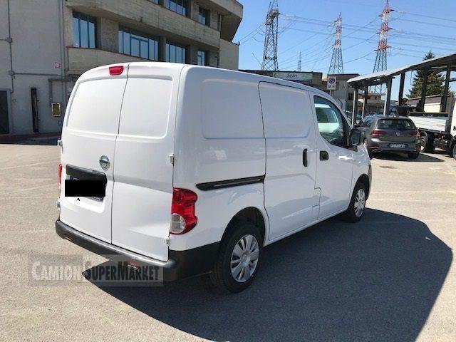 Nissan NV200 used