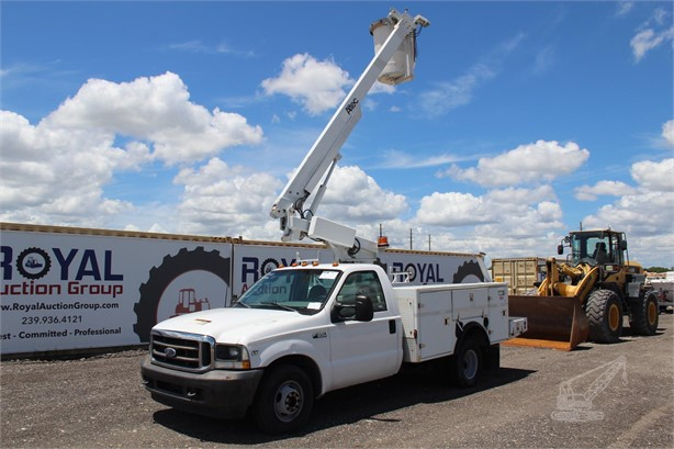 Bucket Trucks / Service Trucks For Sale in Florida - 100