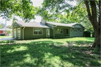 4511 Claremont Ave., Kansas City, MO * Jackson County
