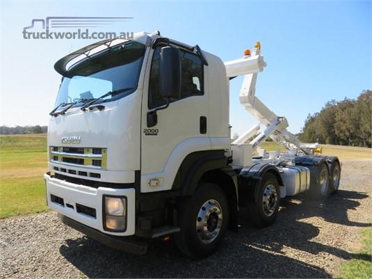 2013 Isuzu FYJ 2000 Medium Auto - Trucks for Sale