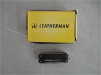 LEATHERMAN - Squirt ES4 Keychain Multitool with