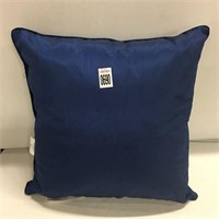 "HOME TRENDS 16X 15"" PILLOW"