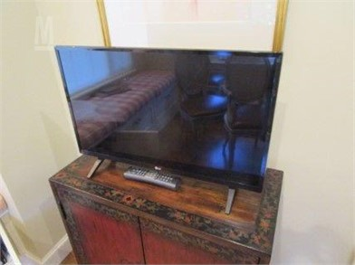 Remarkable 28 Lg Flat Screen T V Other Items For Sale 1 Listings Ibusinesslaw Wood Chair Design Ideas Ibusinesslaworg