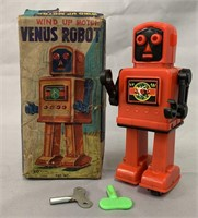 Wind Up Venus Robot. Scarce. In Box.