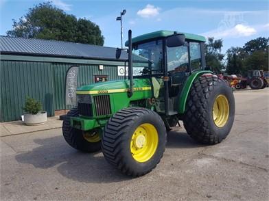 Gebruikt John Deere 5500 Te Koop 16 Advertenties Tractor