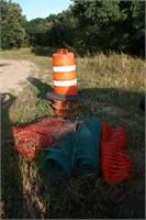 3pc Construction Barrels & 3pc Snow Fencing