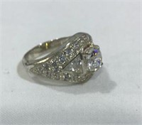 Ring w/ 925 Silver Band