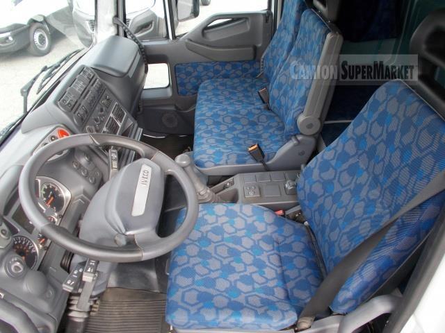 Iveco EUROCARGO 180E28 used 2006