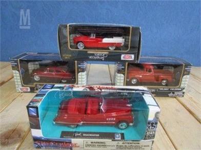 Lot Of 4 Die Cast Cars In Original Boxes Otros Artículos - cracked car roof roblox