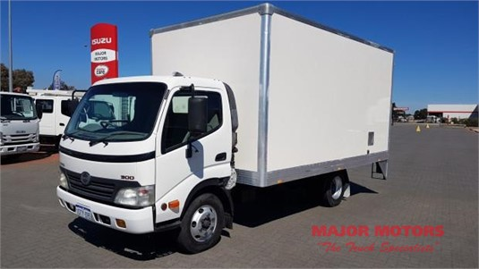 2010 Hino other Major Motors - Trucks for Sale