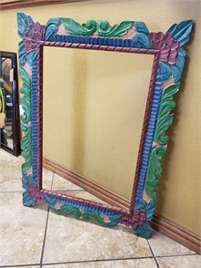 MADE IN MEXICO WOOD FRAME 27'' L X 37'' T Otros Articulos
