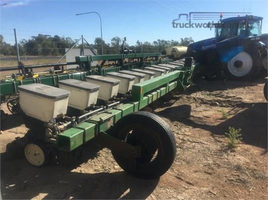 Norseman Techni Plant Precision Planter Black Truck Sales - Farm Machinery for Sale