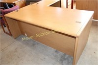 Hon Desk & Right Hand Return L