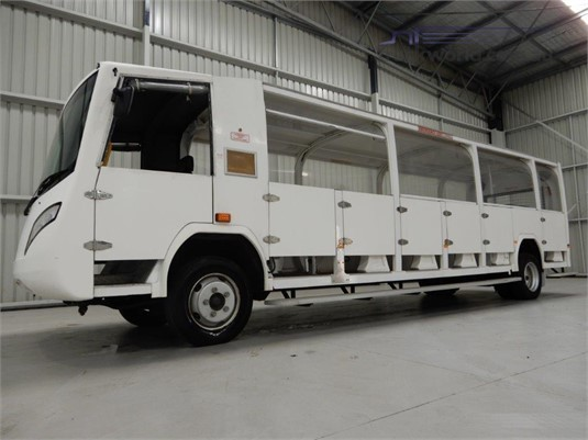 2012 Varley Safari Bus - Buses for Sale