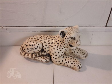 Mid Century Leopard Cub Ceramic Figurine Other Items For