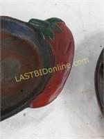 Cast Iron Skillet, Kettle Pot+ Cornbread Pan