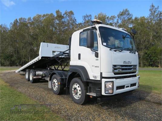 2019 Isuzu FYJ 300-350 Auto Xlwb - Trucks for Sale