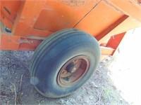 Pto. driven grain cart