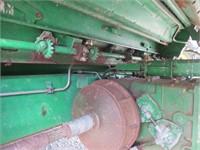 John Deere 9600 Combine