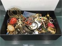 9/15  Hopalong - Virago - Gold - Collectibles