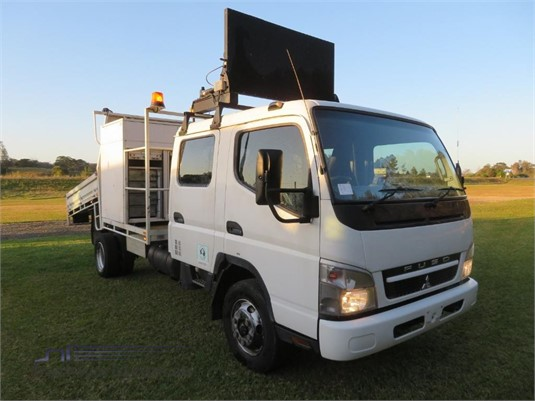 2010 Fuso Canter FE85D Crew Cab - Trucks for Sale