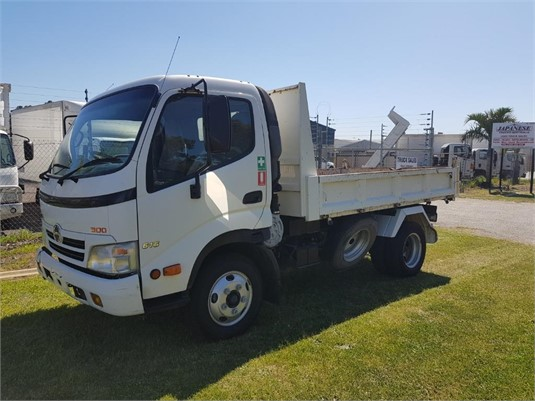 2010 Hino 300 Series 616 Tipper - Trucks for Sale