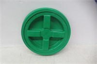 """As Is"" Gamma Seal Lid - Green"