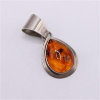 .925 Sterling Silver Signed Amber Necklace