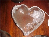 Heart-shaped Glass DIshes