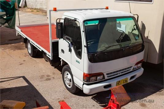 1996 Isuzu NPR 300 - Trucks for Sale