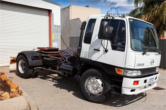 2001 Hino GH - Trucks for Sale