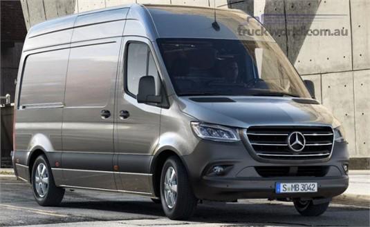 Mercedes Benz Sprinter 3.55t RWD Panel Van 319 MWB 7AT