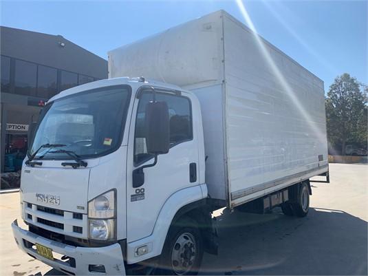2008 Isuzu FRR 500 - Trucks for Sale