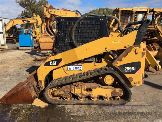2011 Caterpillar 259B3 - Heavy Machinery for Sale