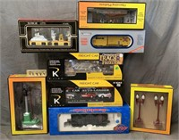 8pc Modern Train & Accessory Lot