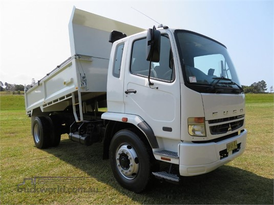 2008 Fuso Fighter 10 - Trucks for Sale