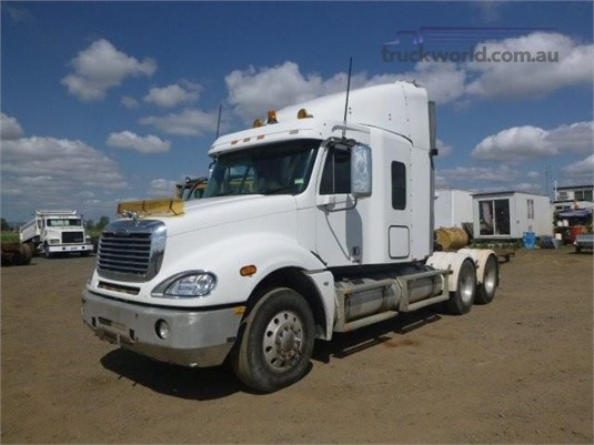 2007 Freightliner Columbia CL120 Western Traders 87  - Trucks for Sale