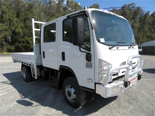 2013 Isuzu NPS 300 4x4 Crew - Trucks for Sale