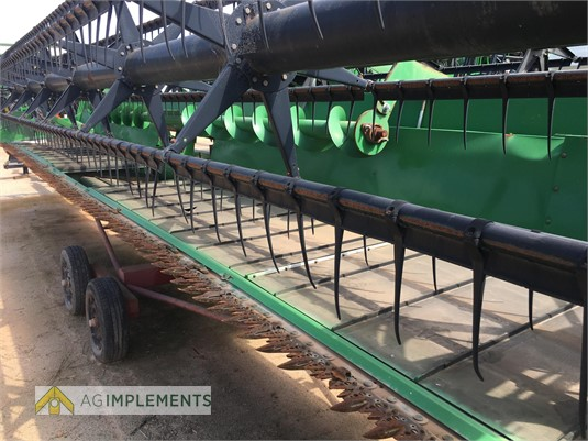 2000 John Deere 930D Ag Implements - Farm Machinery for Sale