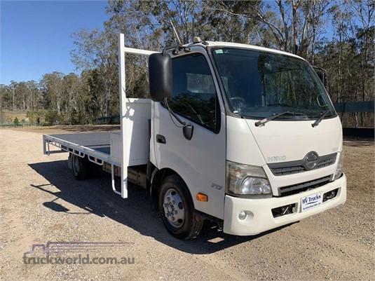 2011 Hino 300 Series 717 - Trucks for Sale
