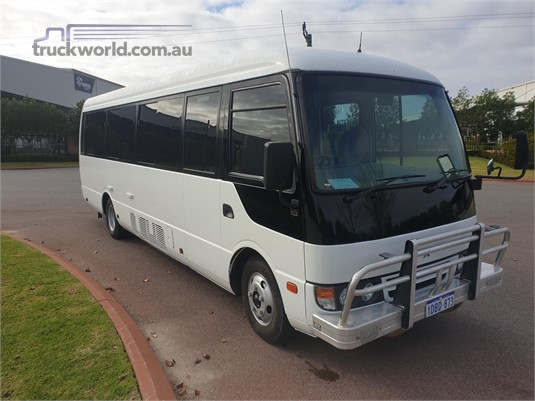 2009 Fuso Rosa Deluxe - Buses for Sale