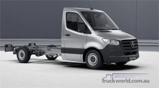 Mercedes Benz Sprinter FWD Single Cab Chassis 411 MWB 9AT